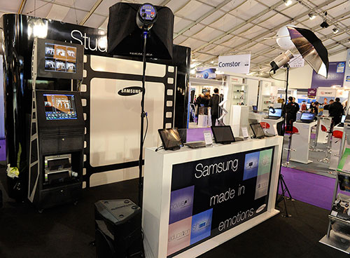 borne salonit - Photobooth without photographer for events in Paris