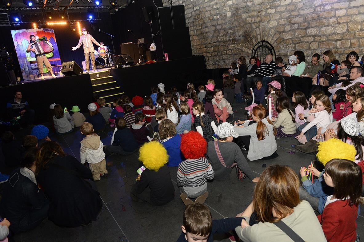 photographe evenementiel paris 7 - Photographe - Organisation d'une fête de noël par un comité d'entreprise au Showcase à Pari