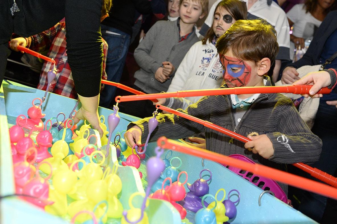 photographe evenementiel paris 8 - Photographe - Organisation d'une fête de noël par un comité d'entreprise au Showcase à Pari