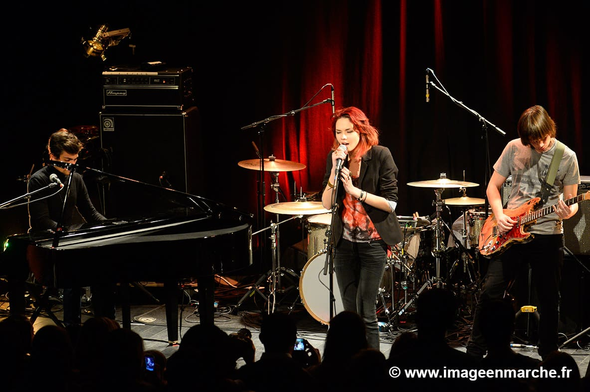 sophie tith 4 - Concert privé le Girl Power pour Universal Music France