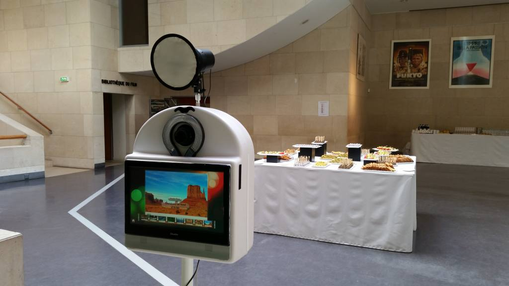 photoboth laphotobox party 60 - La Photobox Party: une borne libre service type photomaton photocall ou studio photo